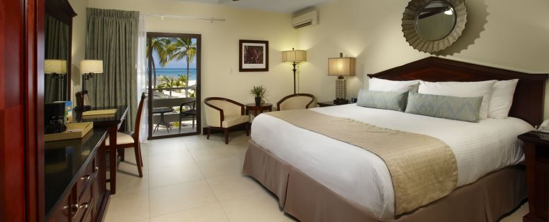 Deluxe-Ocean-View_Room-North-Wing